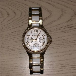 Gold& White MK watch
